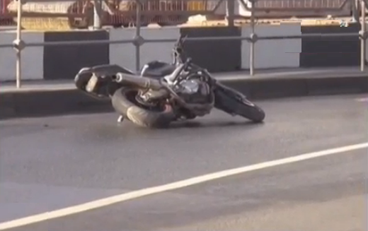 QIP Shot Screen 302 В ДТП на съезде с ТТК на Кутузовский проспект погиб мотоциклист