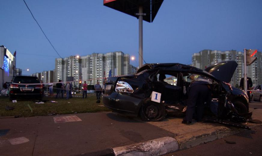 QIP Shot Screen 135 Пять человек пострадали в ДТП на Люблинской улице в  Москве