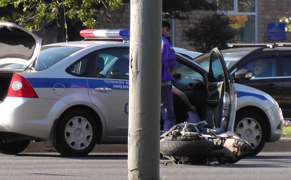 QIP Shot Screen 343 Мотоциклист насмерть сбил девушку пешехода в Москве на Ленинском проспекте
