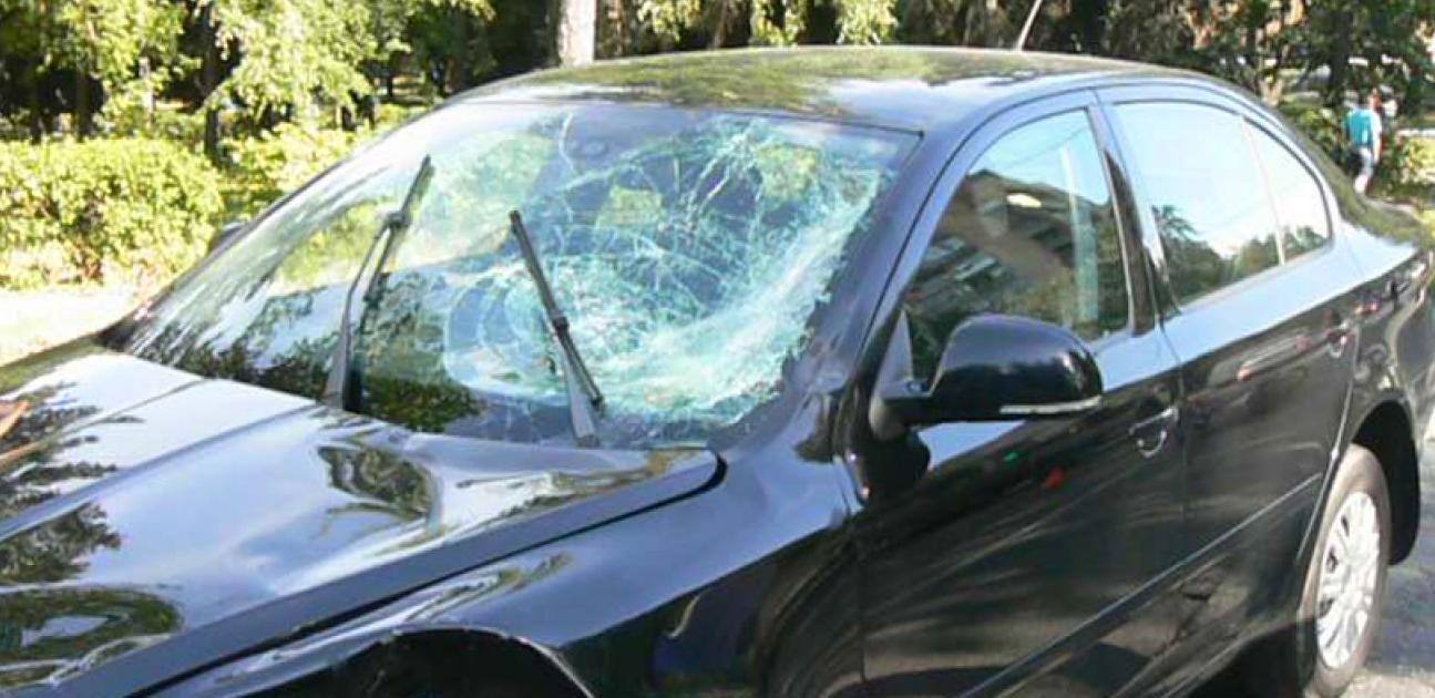 QIP Shot Screen 395 Пьяный скутерист влетел в лоб встречного авто