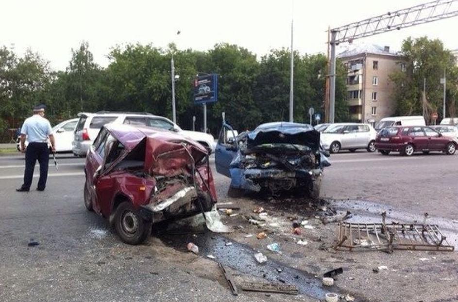 QIP Shot Screen 416 Два человека погибли в лобовом ДТП на Ярославском шоссе