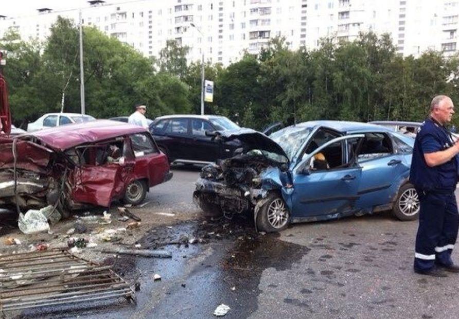 QIP Shot Screen 419 Два человека погибли в лобовом ДТП на Ярославском шоссе