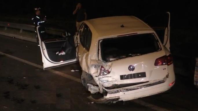 На 96 км МКАД произошло ДТП, в котором пострадали три человека фото