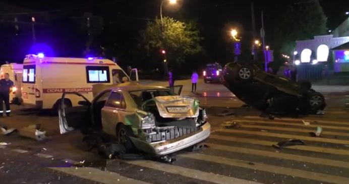 QIP Shot Screen 446 В серьезном ДТП на северо востоке Москвы погиб один человек