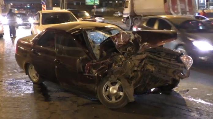 QIP Shot Screen 459 В ДТП на шоссе Энтузиастов в Москве пострадали три человека