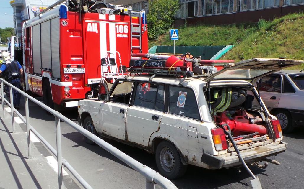 QIP Shot Screen 461 На Варшавском шоссе перевернулся грузовик