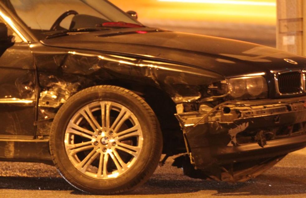 QIP Shot Screen 527 Пассажирка иномарки травмировалась в аварии в Коломенском проезде