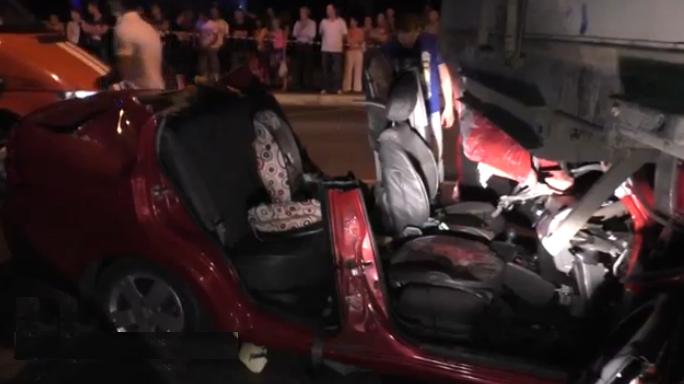 В аварии на востоке столицы травмировались два человека фото