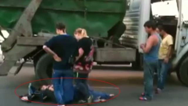 Мусоровоз сбил девушку на востоке столицы фото