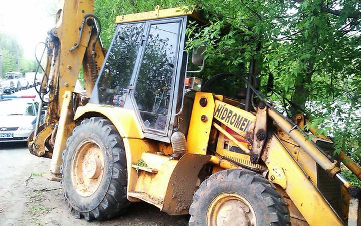 traktor dtp В Москве трактор насмерть задавил женщину