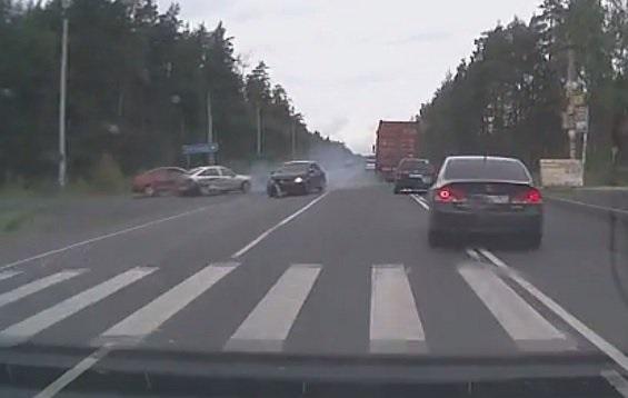 В Московской области пенсионер спровоцировал ДТП фото