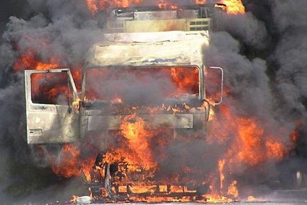 53e37bce04e40428431598 600 400 На востоке Подмосковья на дороге столкнулись, а после сгорели четыре грузовика