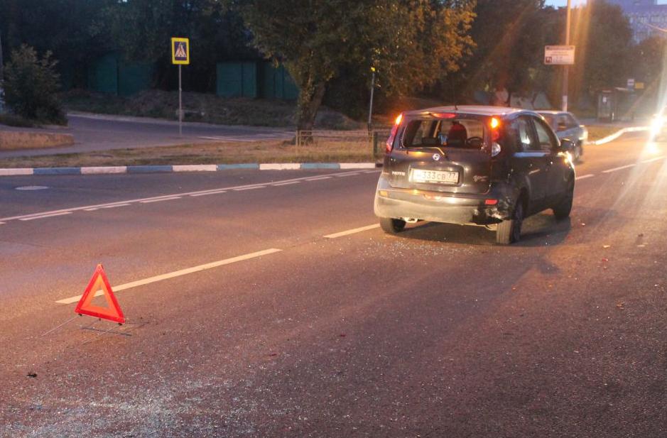 QIP Shot Screen 058 В аварии на Каспийской улице в Москве травмировался мотоциклист