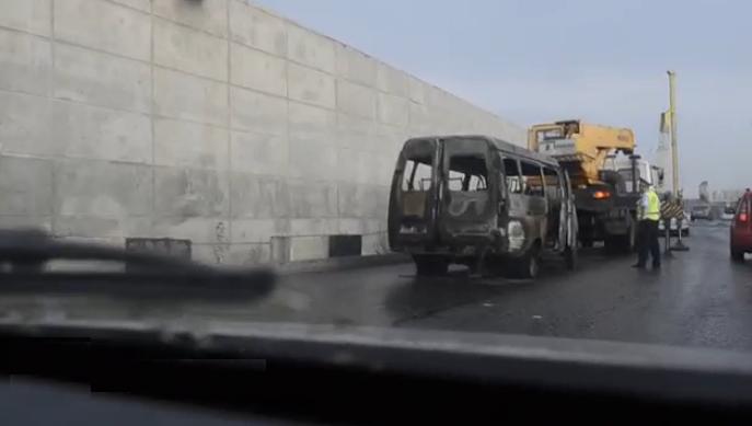 QIP Shot Screen 564 На Дмитровском шоссе в городе Долгопрудный сгорела Газель