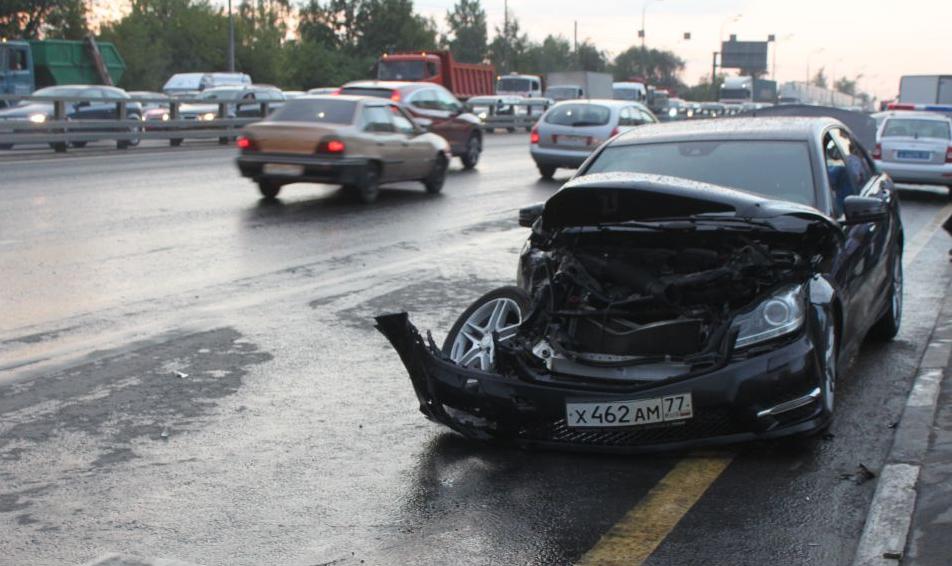 QIP Shot Screen 569 ДТП с участием маршрутки произошло в Москве на Варшавском шоссе