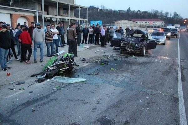 На Дмитровском шоссе произошло смертельное ДТП с участием мотоциклиста фото