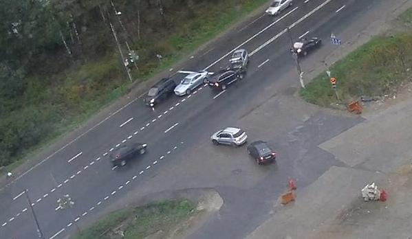 На 27 км Волоколамского шоссе произошло ДТП фото