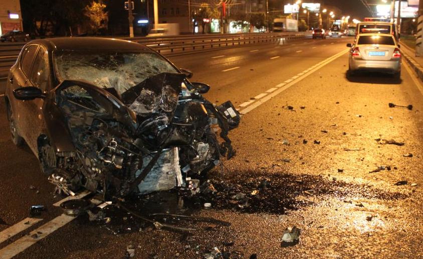 QIP Shot Screen 136 На юге столици произошло ДТП, в котором тяжело пострадал водитель