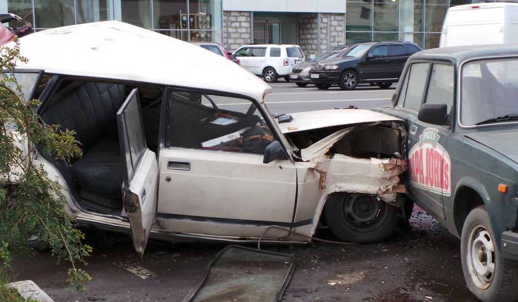 QIP Shot Screen 732 На Профсоюзной улице в Москве пьяный водитель устроил массовое ДТП