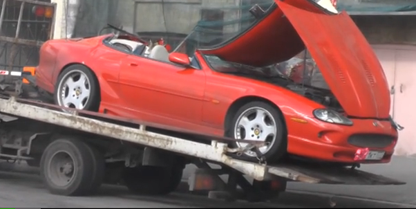 QIP Shot Screen 949 В Москве водитель машины Jaguar устроил ДТП