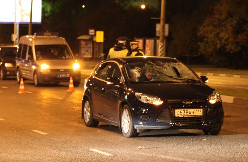 Сегодня ночью на юге Москвы произошло ДТП фото