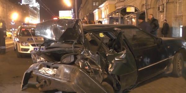 dtp v moskve31 ДТП в Москве на Садовом   повреждено пять автомобилей