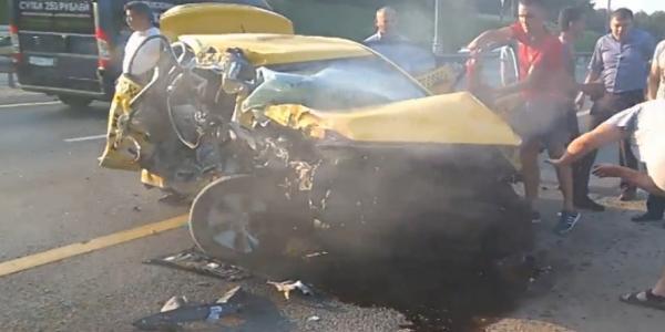 avariy taksi 2 Авария такси в Домодедово