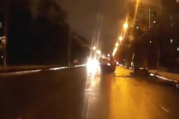 ДТП в Москве вчера перевернулся джип фото