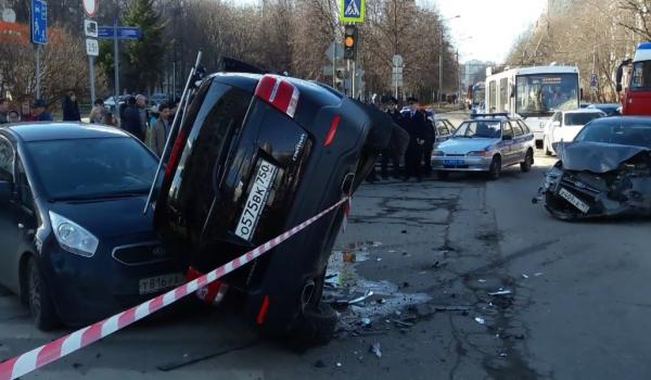 ДТП в Москве сегодня на Коровинском шоссе фото