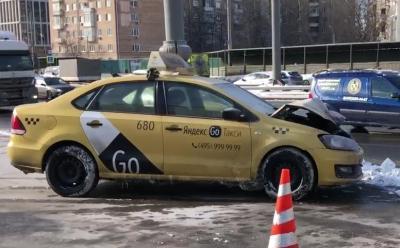 taxi maslovka ДТП в Москве на Нижней Масловке сегодня